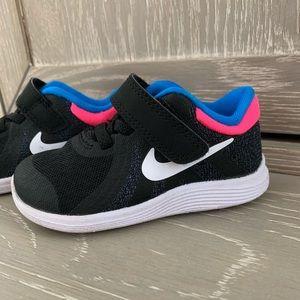 Nike Revolution 4. Girls size 5C (toddler)